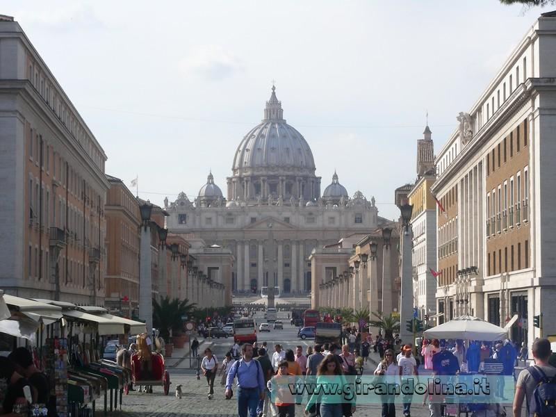 Via della Conciliazione, con sullo sfondo il Vaticano