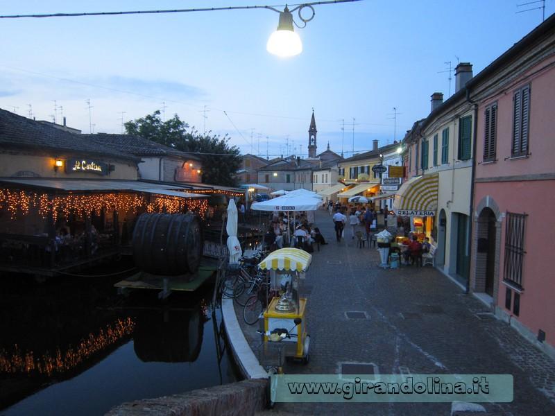 I ristorantini sul canale di Comacchio