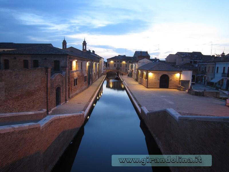 Il tramonto dal Triplice Ponte di Comacchio