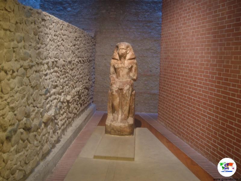 Il Museo Egizio di Torino, una statua del Medio Regno
