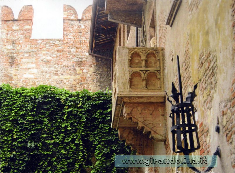 Verona - Il famoso Balcone di Giulietta