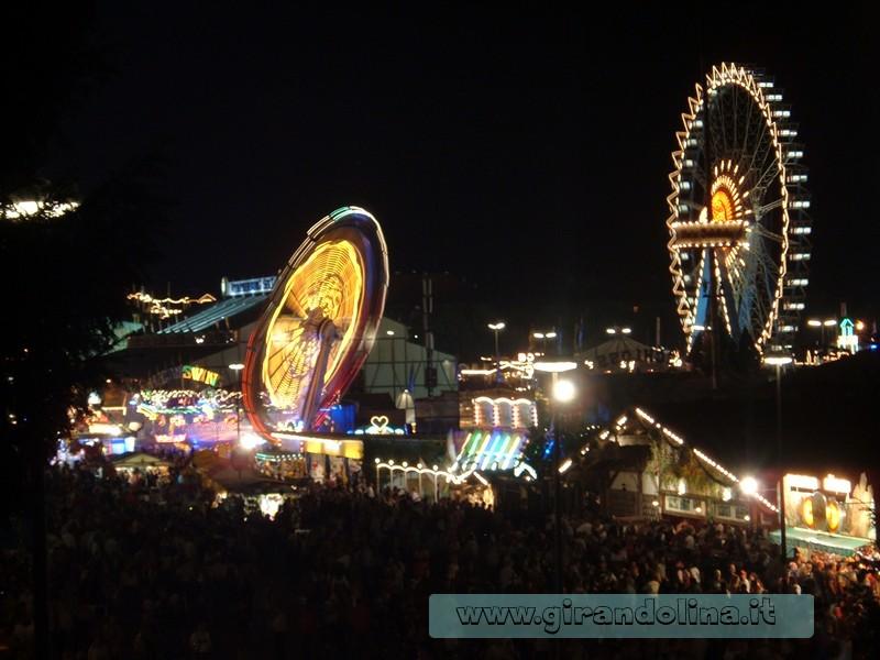 Il famoso Lunapark dell' Oktoberfest