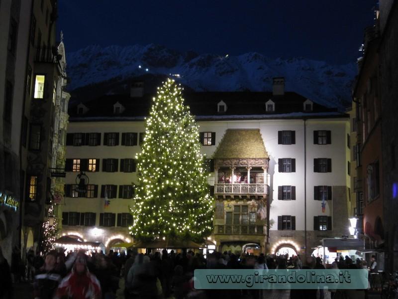 Innsbruck  cosa vedere - Il Tettuccio D' Oro di Innsbruck