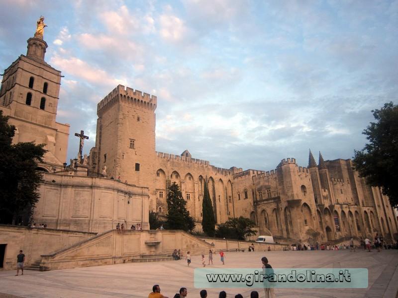Provenza - Avignone la città dei Papi