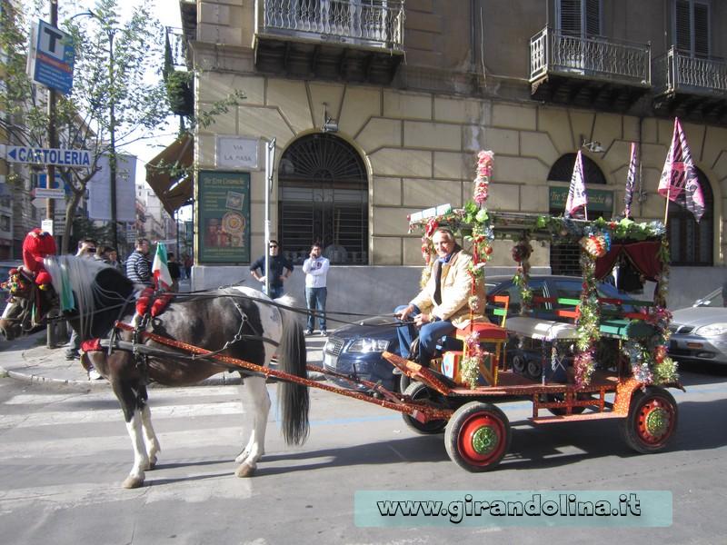 Il Carretto siciliano, nel centro della città