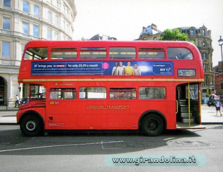 I Bus rossi londinesi