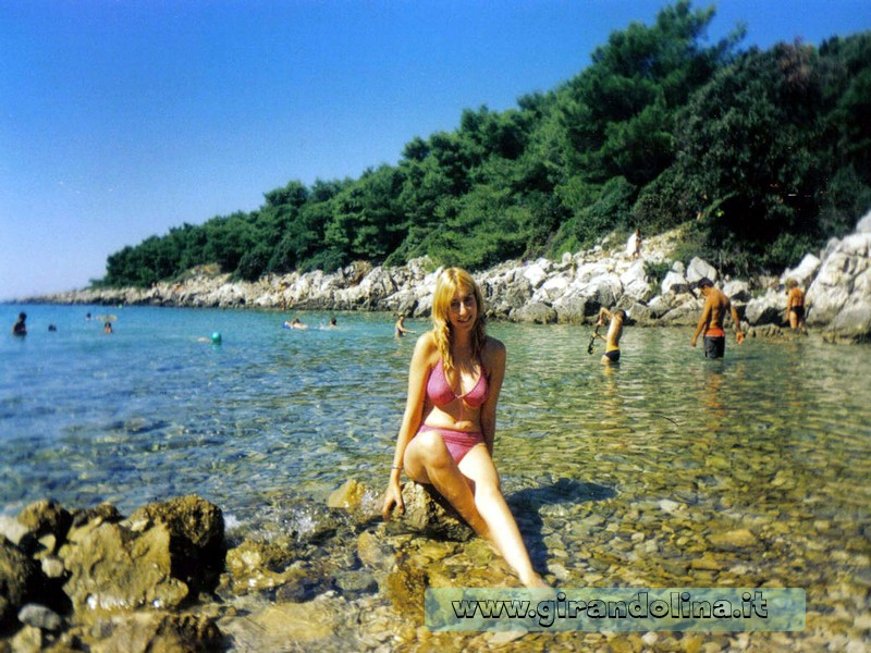 Piccola spiaggetta nei dintorni di Suha Punta