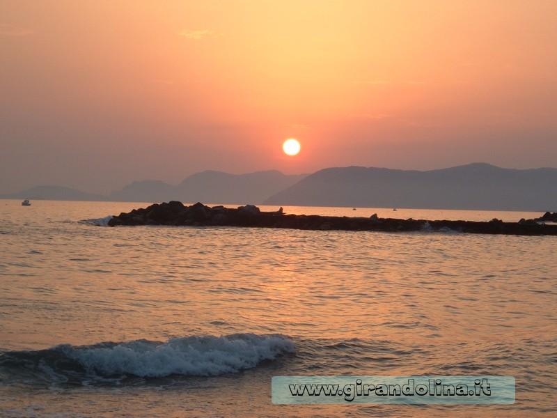 Il tramonto di Marina di Massa