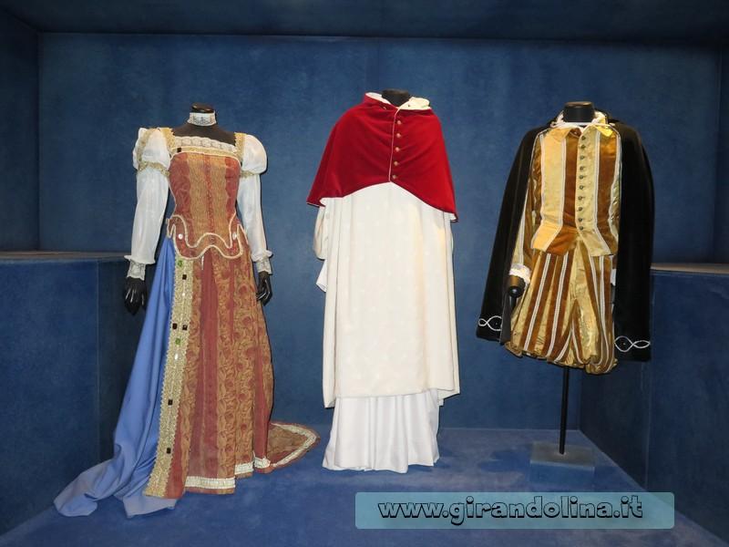Museo del Costume Farnesiano, i vestiti del matrimonio