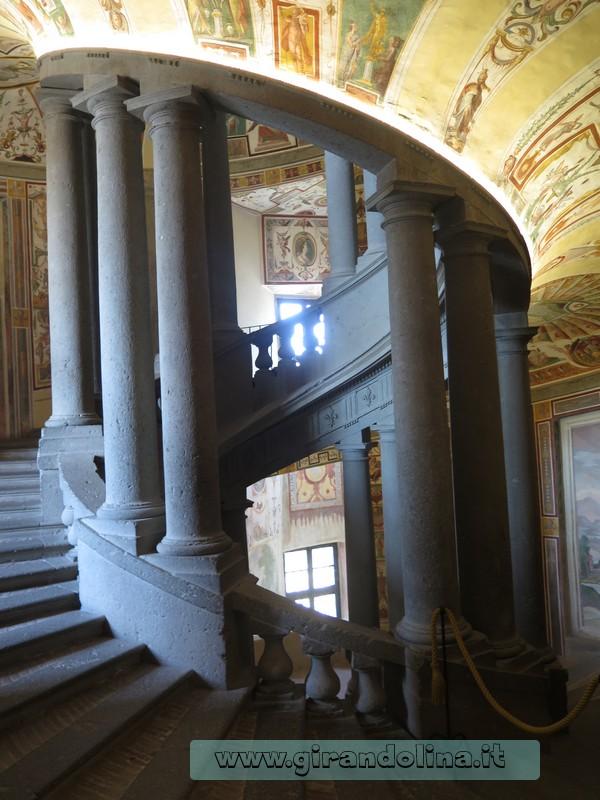 La Scala Regia, Palazzo Farnese