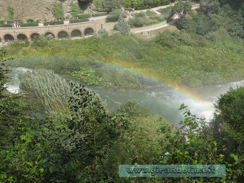 La Cascata delle Marmore -l' Arcobaleno creato dalle acque