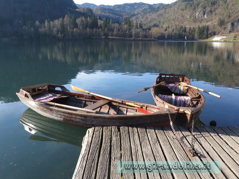 Le imbarcazioni usate per navigare il Lago di Bled