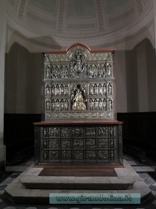 L' Altare Argenteo nella Cattedrale di San Zeno