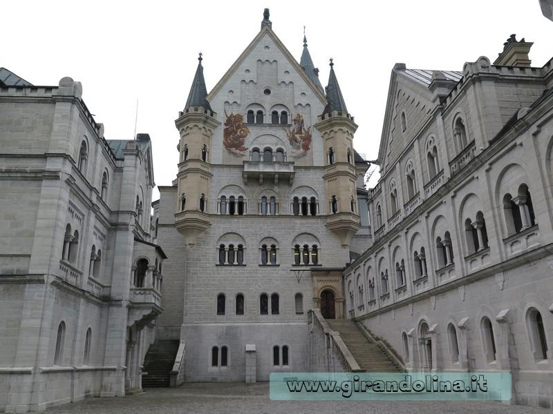 Schloss Neuschwanstein Cortile interno