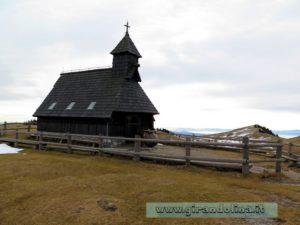 La Cappella della Maria delle Nevi a Velika Planina