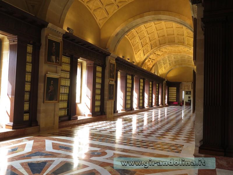 Siviglia in estate: Archivio des Indias