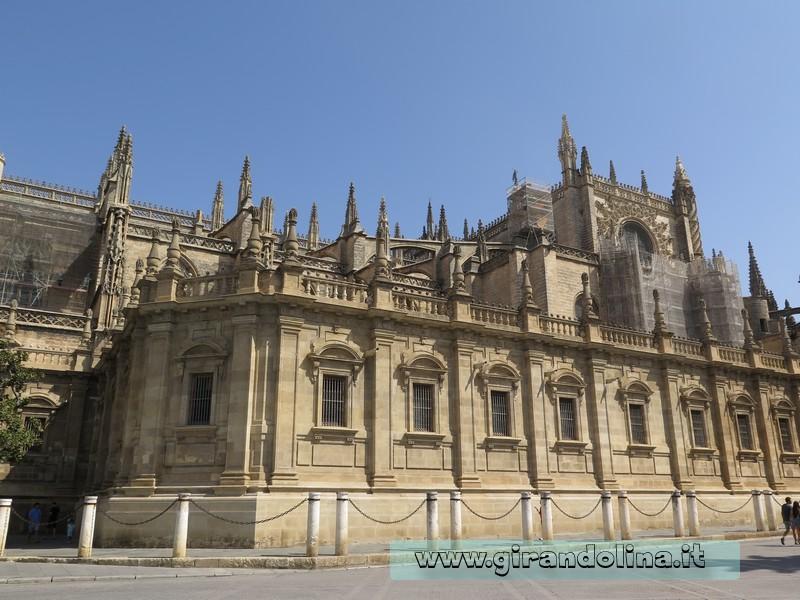 Siviglia in estate: Cattedrale di Siviglia