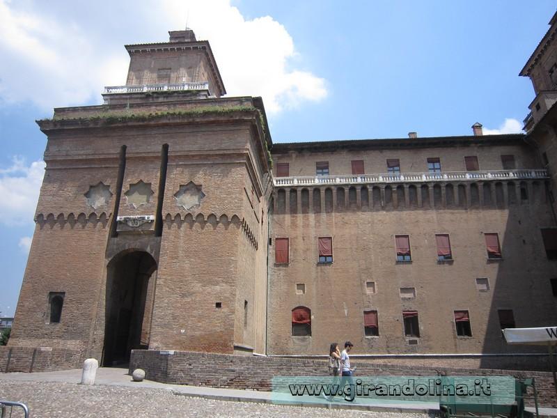 Spiagge della Romagna - Ferrara . Castello Estense