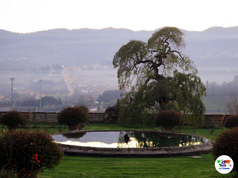 I giardini e il panorama di Villa la Magia Quarrata