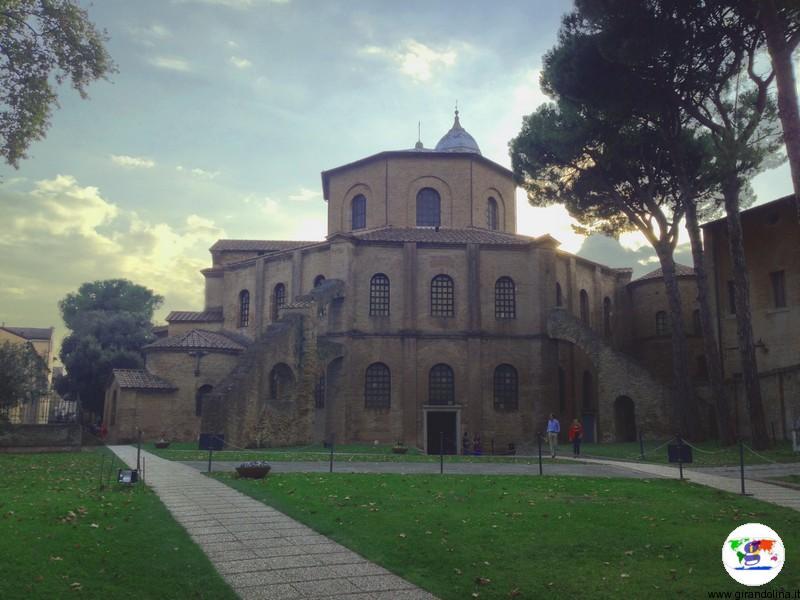 Spiagge della Romagna - Ravenna. Basilica di San Vitale