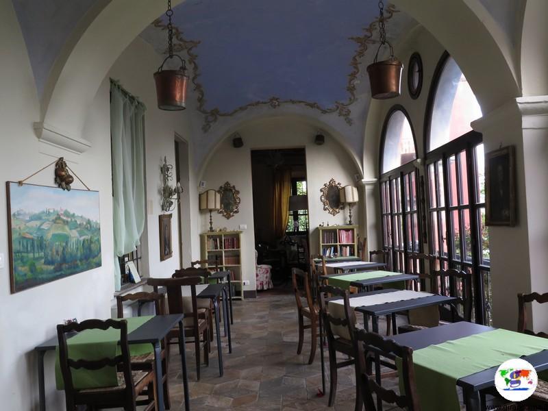 Monferrato dove dormire- la veranda del Relais i Castagnoni