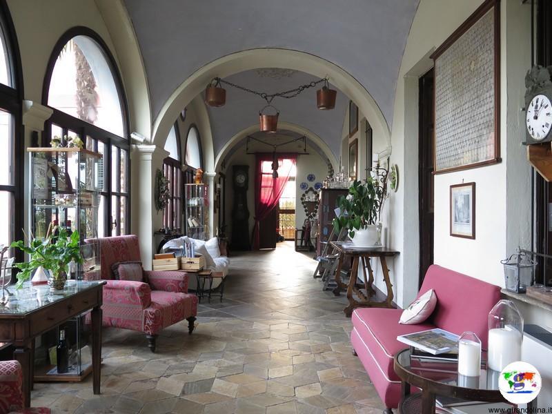 Monferrato dove dormire- l' entrata al Relais i Castagnoni