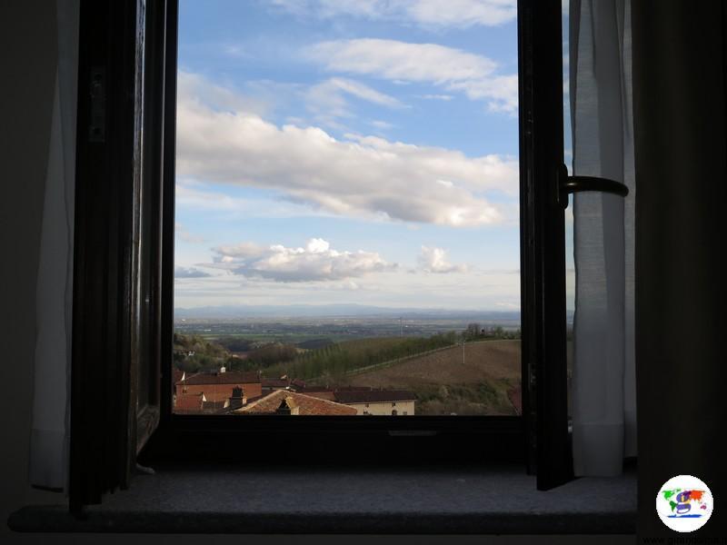 Monferrato dove dormire- il panorama dalla camera del Palazzo Paleologi