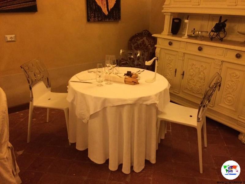 Monferrato dove dormire- sala ristorante La Corte dei Paleologi