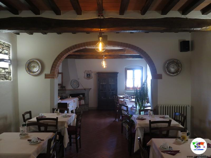 Serravalle Pistoiese e la sala dell'Agriturismo Poggio de' Papi