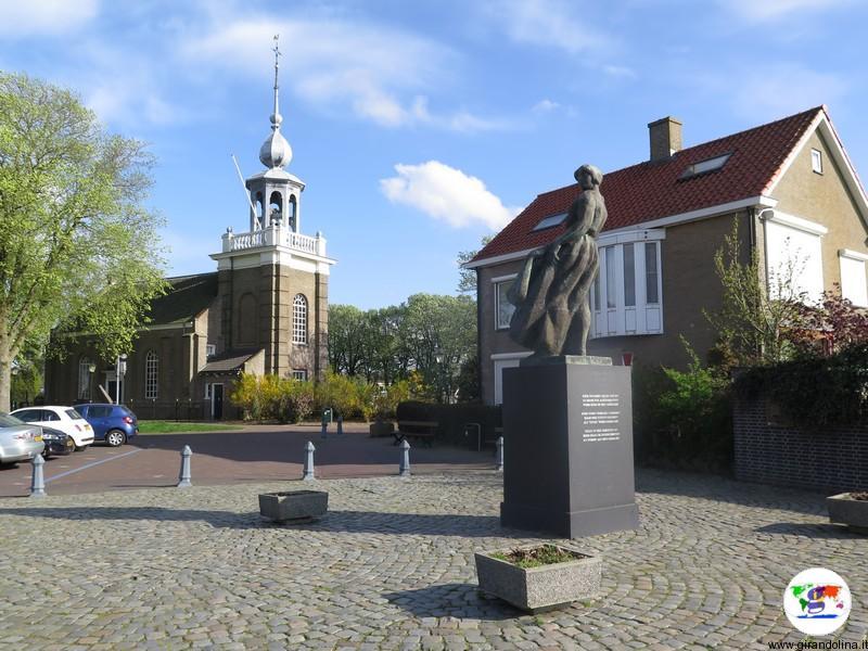 Urk ,il monumento al pescatore