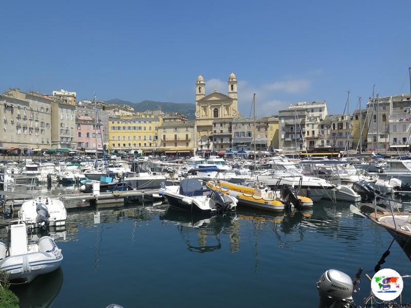Bastia, visita giornaliera alla porta di entrata della Corsica
