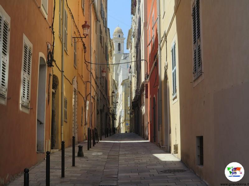 Bastia e i suoi vicoli di sapore ligure