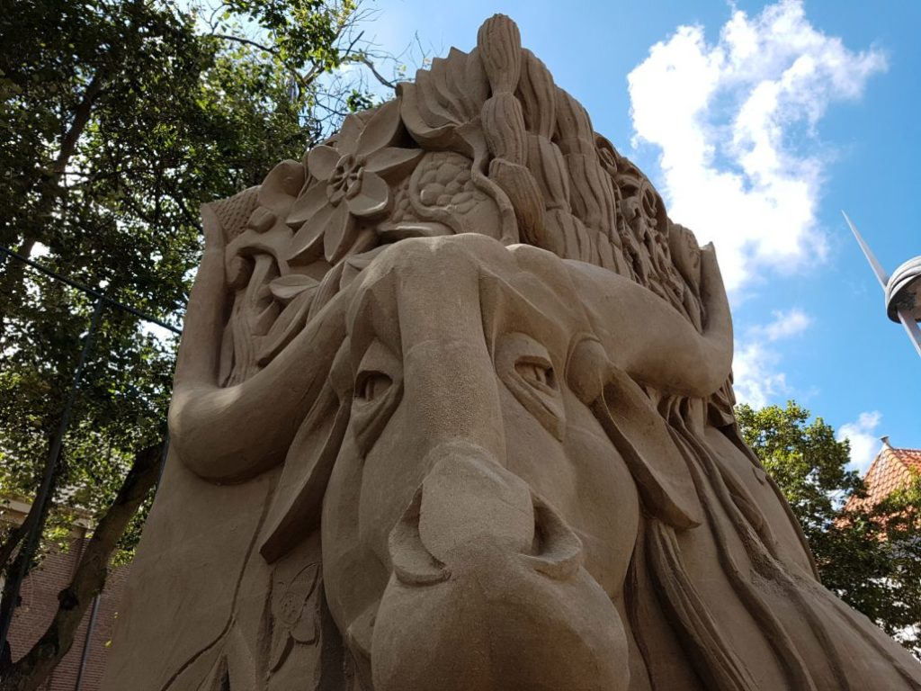 Olanda d'estate (ph - EK-Zandsculpturen-2016-Zandvoort-aan-Zee-)