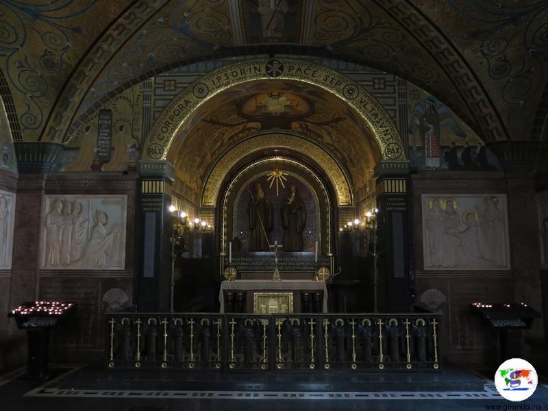 L' Abbazia di Montecassino la cripta