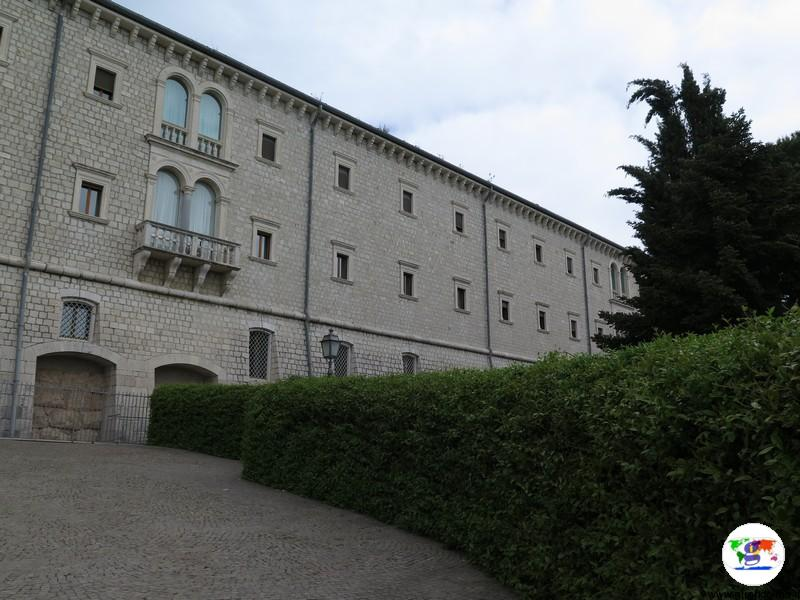 L' Abbazia di Montecassino ingresso