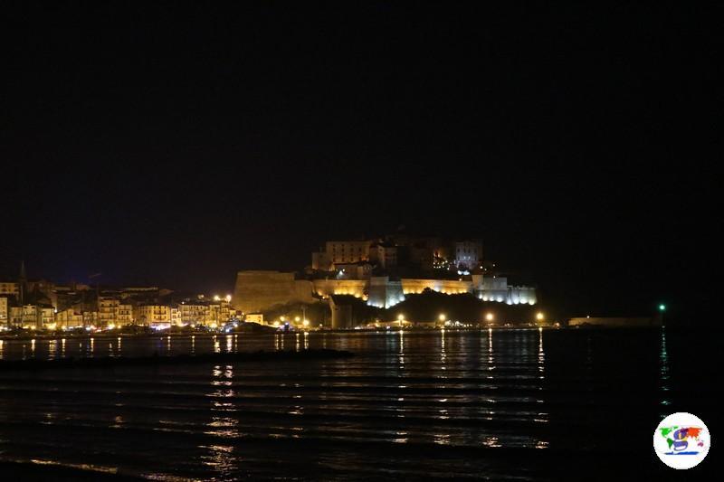 Calvi in versione notturna (photo Luca Vitiello)