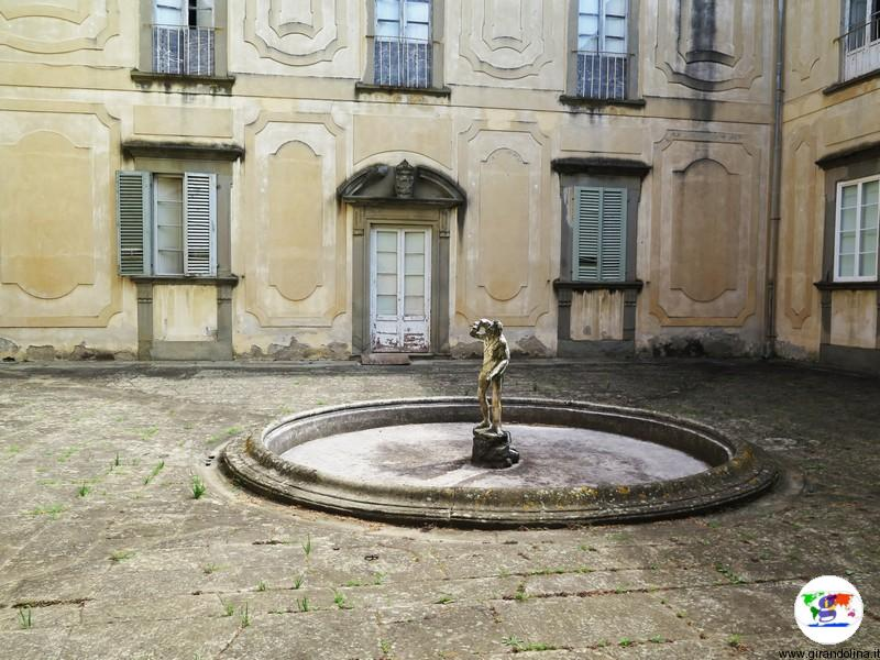 Villa la Magia, cortile interno
