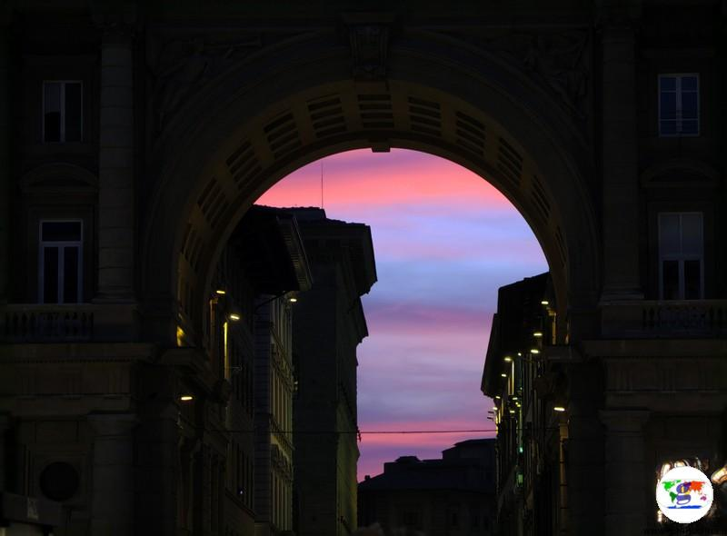 Firenze Romana- Arco Piazza della Repubblica