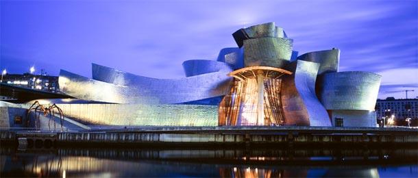 Guggenheim Museum - edifici strani e curiosi d'Europa ( ph fermata spettacolo .it)