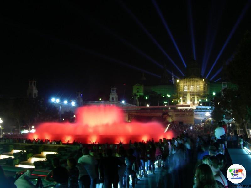 Capodanno a Barcellona, la Fontana Magica in Playa Espana