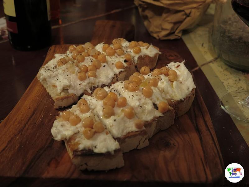 Dove mangiare a Prato, i crostoni dell' Enoteca- Fiaschetteria Fiaschemberg