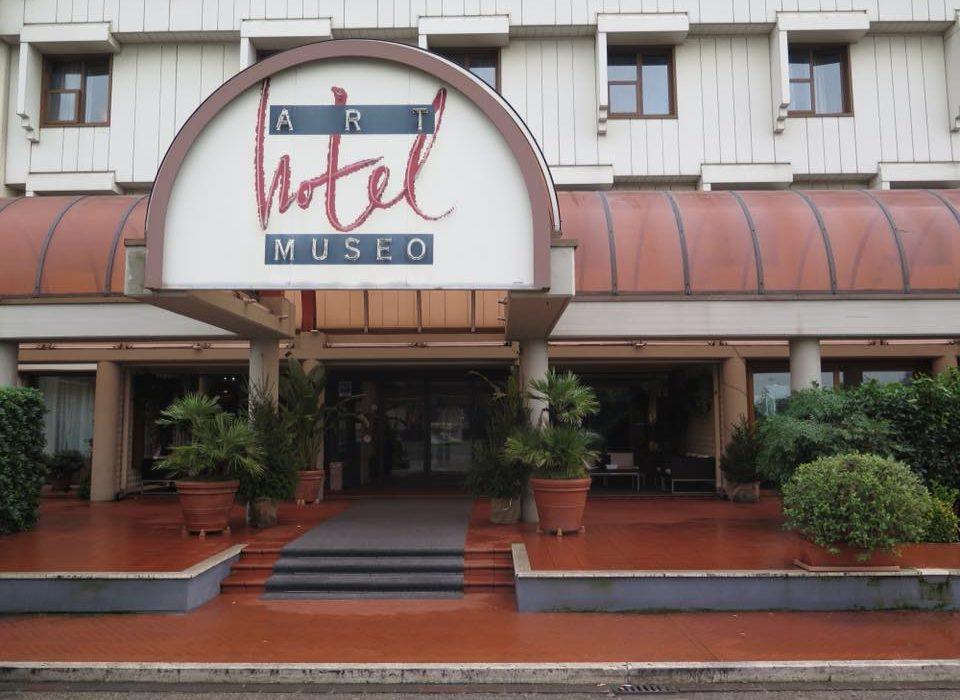 Soggiornare presso l' Art Hotel Museo Prato,nato sotto il segno dell'arte