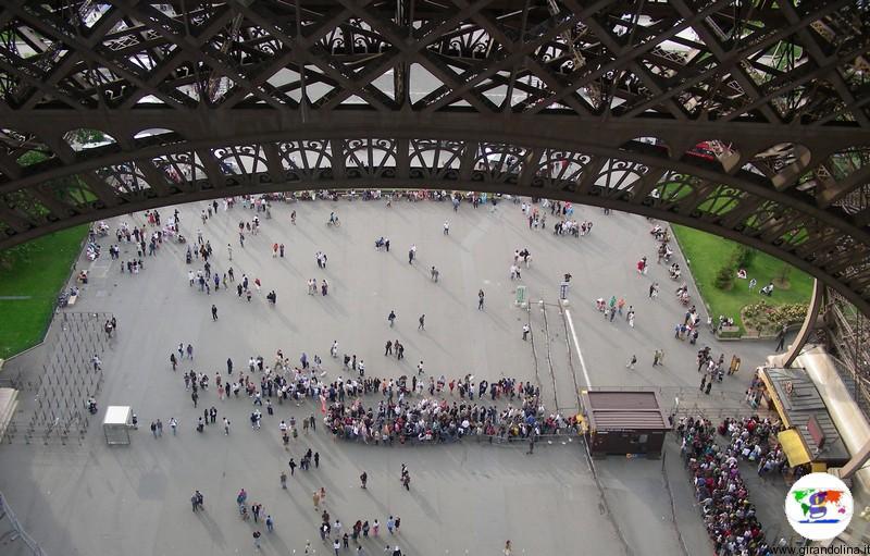 Il primo piano della Torre Eiffel