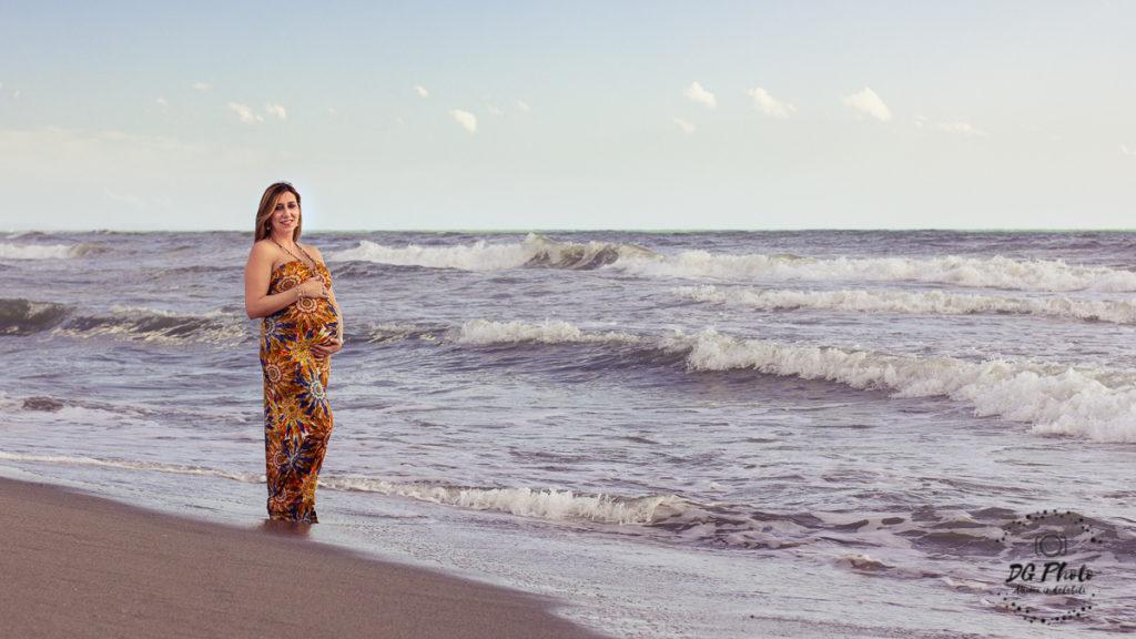 Viaggiare in gravidanza, Elisa col pancione in Versilia