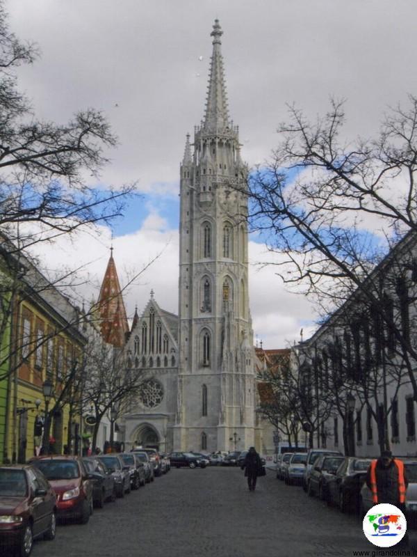 Budapest la Chiesa di Nostra Signora Assunta della Collina del Castello