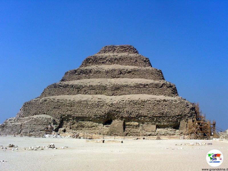 Egitto- la Piramide di Saqqara