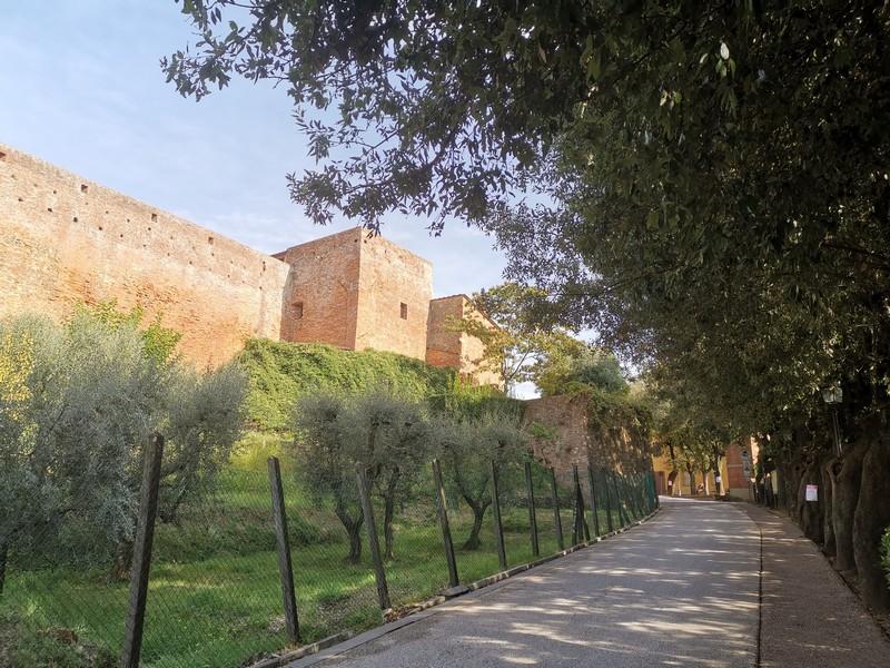 Le attività da fare a Lucca, visitare Montecarlo