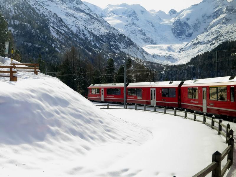 Treni a vapore, il Trenino rosso del Bernina