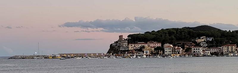 Come organizzare una vacanza all' Isola d'Elba , con alcune info utili