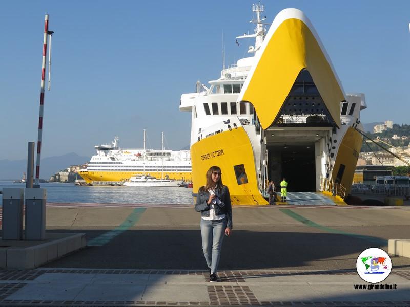 Itinerari  con auto Corsica del Nord, porto Bastia